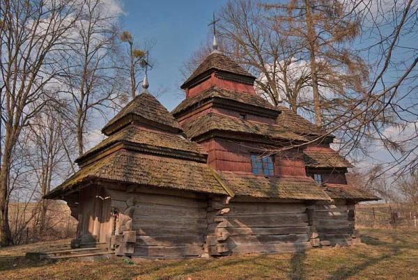 Катерина-Байдужа---Деревянная-церковь-Богоявления-Господня-(1693)-в-селе-Кугаев