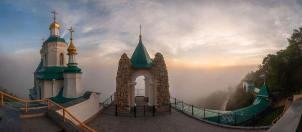 Николаевская церковь в Святогорске. Автор - Дмитрий Балховитин