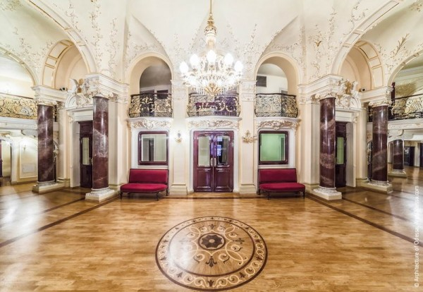 opera-theatre.interiors-foyer-2-3-et_3