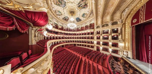 opera-theatre.interiors-hall_18
