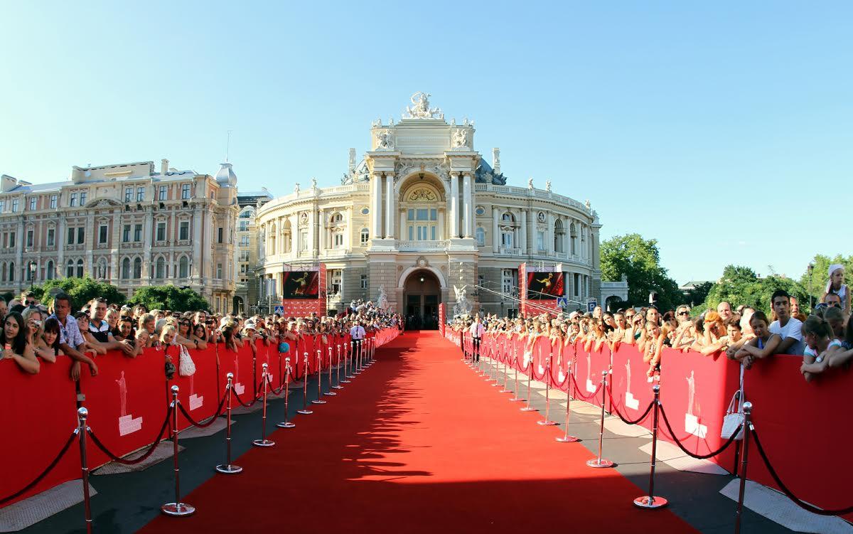 Легендарный одесский кинофестиваль могут отменить из-за «гражданской войны»