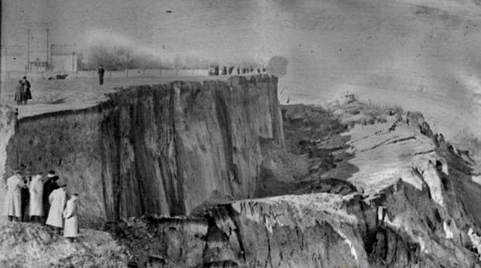 Последствия оползня 7-8 ноября 1897 г.
