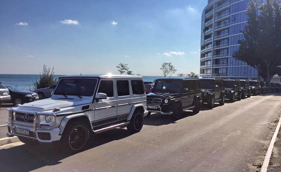 14516501 По Одессе гонял VIP-кортеж из десятка «Гелендвагенов»