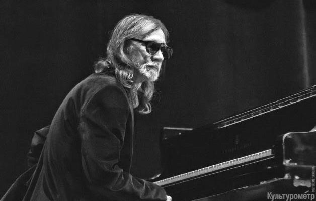 Пианист Сергей Терентьев