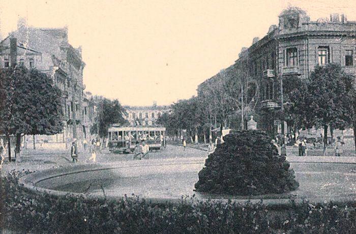 Первый фонтан в Одессе спустя 40 лет.