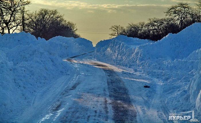 Снегопад вОдесской области: покаким трассам можно проехать